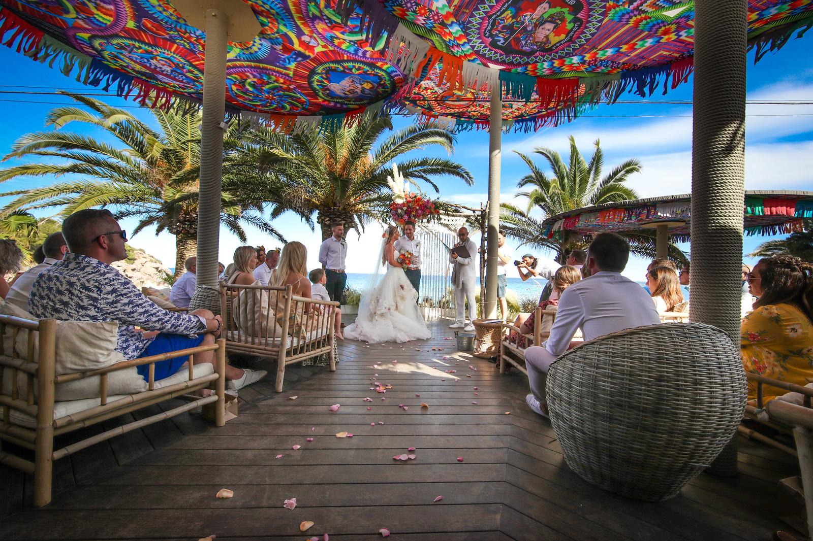 https://www.white-ibiza.com/wp-content/uploads/2020/03/white-ibiza-wedding-venue-aiyanna-2020-01.jpg