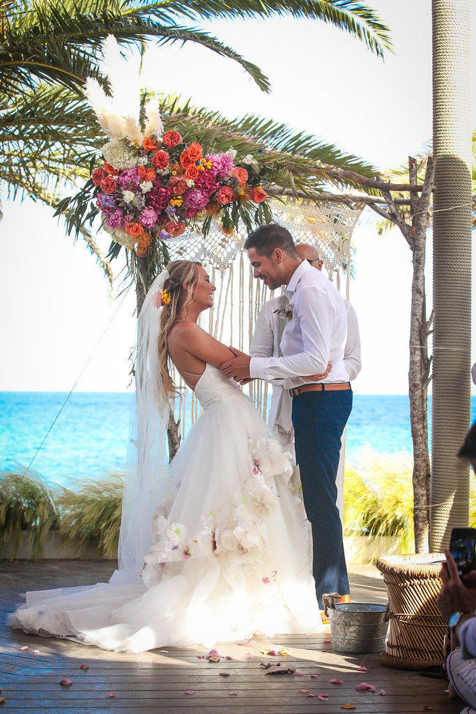 https://www.white-ibiza.com/wp-content/uploads/2020/03/white-ibiza-wedding-venue-aiyanna-2020-07.jpg