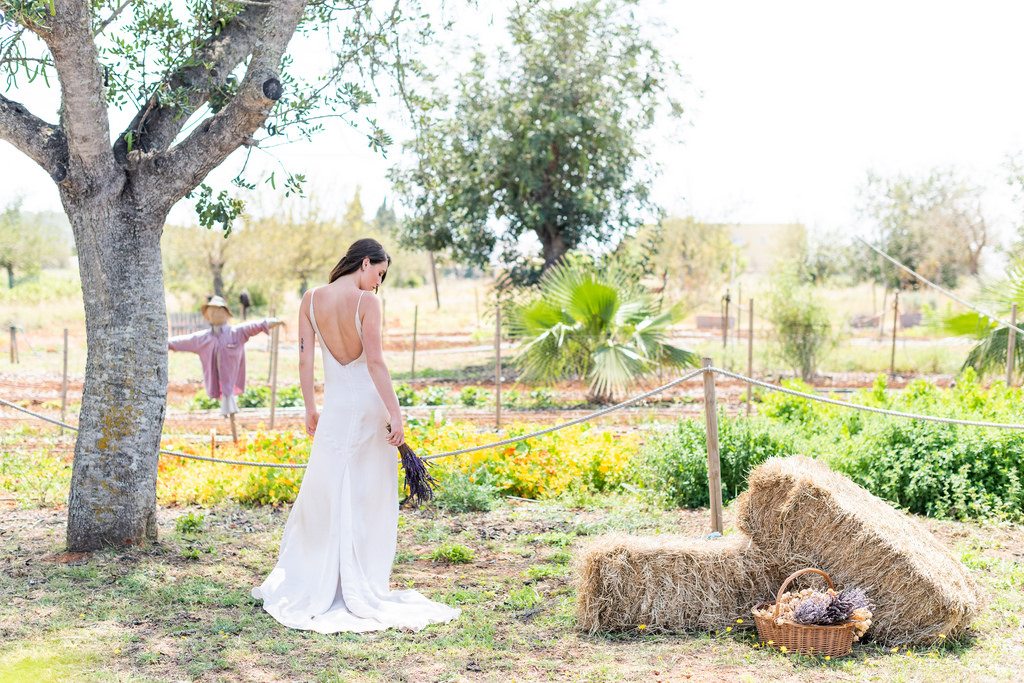 https://www.white-ibiza.com/wp-content/uploads/2020/03/white-ibiza-wedding-venue-atzaro-group-2020-01.jpg