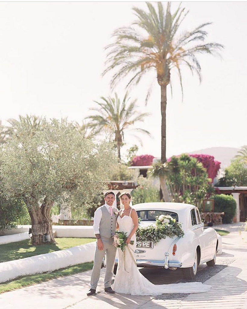 https://www.white-ibiza.com/wp-content/uploads/2020/03/white-ibiza-wedding-venue-atzaro-group-2020-06.jpg