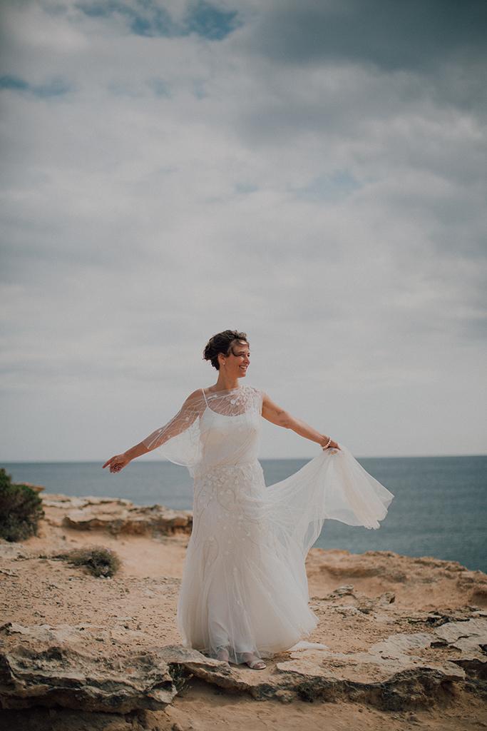 https://www.white-ibiza.com/wp-content/uploads/2020/03/white-ibiza-weddings-adela-baraja-2020-02.jpg
