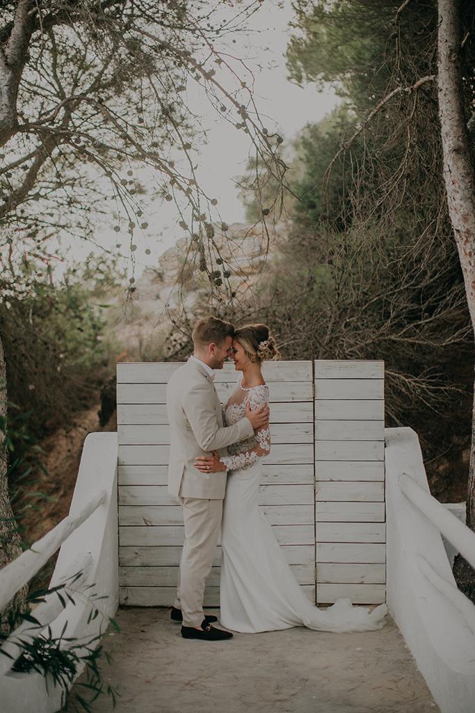 https://www.white-ibiza.com/wp-content/uploads/2020/03/white-ibiza-weddings-adela-baraja-2020-08.jpg