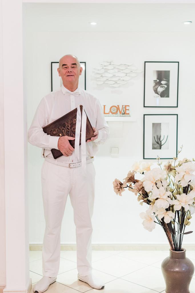 https://www.white-ibiza.com/wp-content/uploads/2020/03/white-ibiza-weddings-blessings-on-ibiza-2020-04.jpg