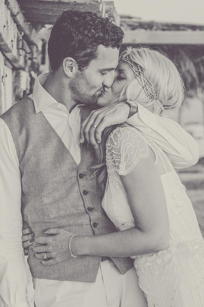 https://www.white-ibiza.com/wp-content/uploads/2020/03/white-ibiza-weddings-marnosuite-photography-2020-03.jpg