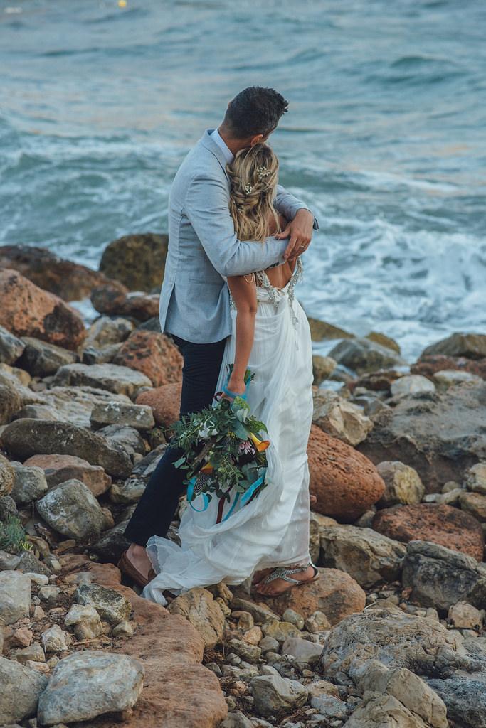 https://www.white-ibiza.com/wp-content/uploads/2020/03/white-ibiza-weddings-marnosuite-photography-2020-09.jpg