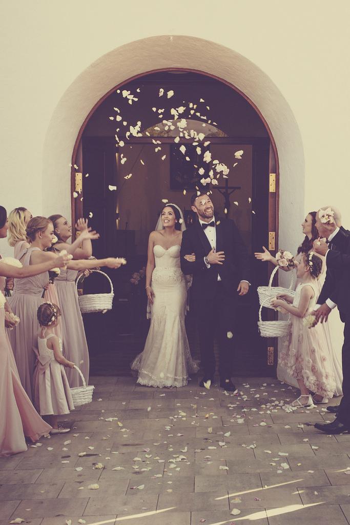 https://www.white-ibiza.com/wp-content/uploads/2020/03/white-ibiza-weddings-marnosuite-photography-2020-11.jpg