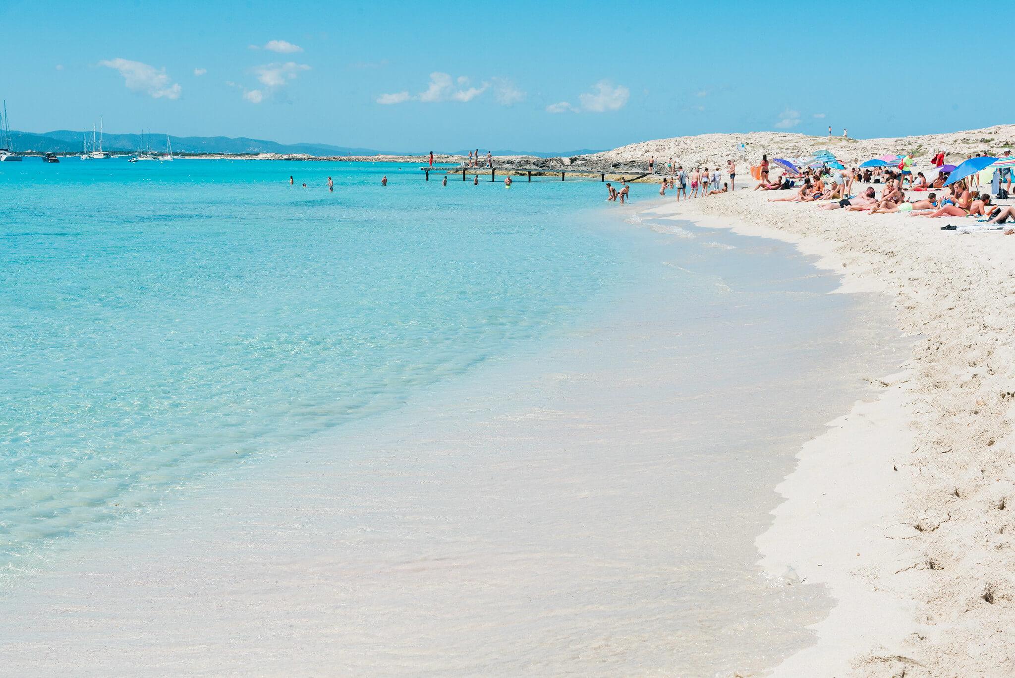 https://www.white-ibiza.com/wp-content/uploads/2020/04/formentera-beaches-illetes-2020-03.jpg