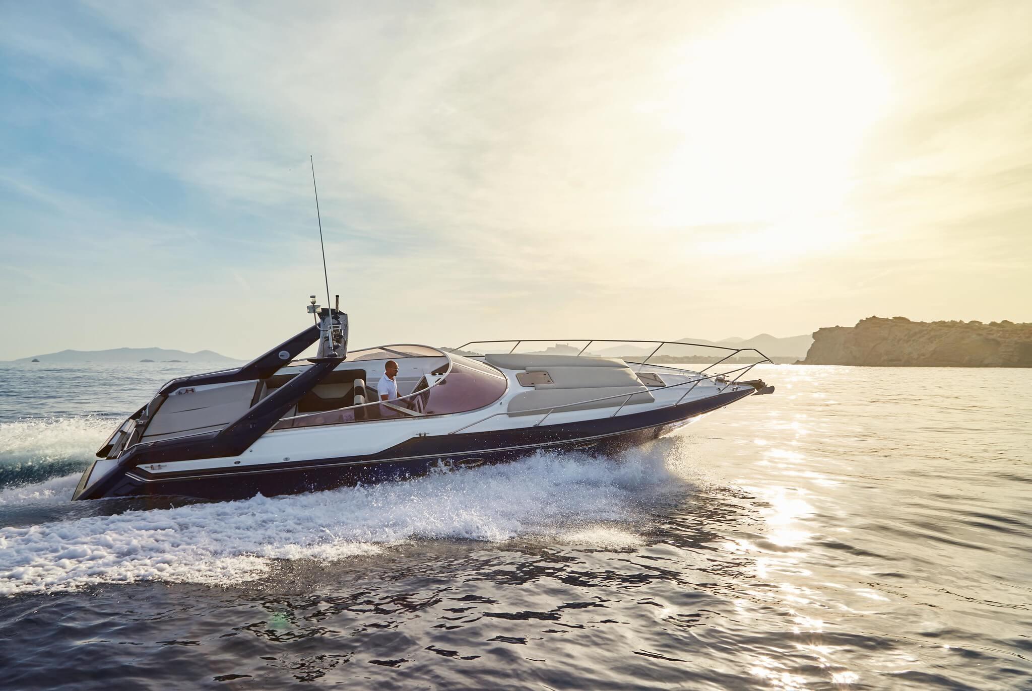 https://www.white-ibiza.com/wp-content/uploads/2020/04/inspire-boats.jpg