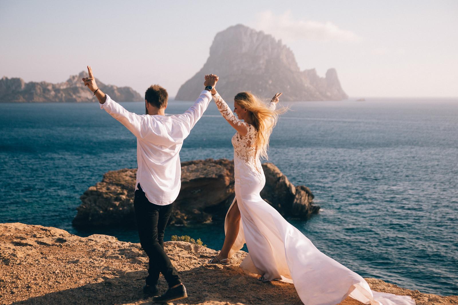 https://www.white-ibiza.com/wp-content/uploads/2020/04/white-ibiza-wedding-photographers-jeremy-christopher-photography-2020-01.jpg