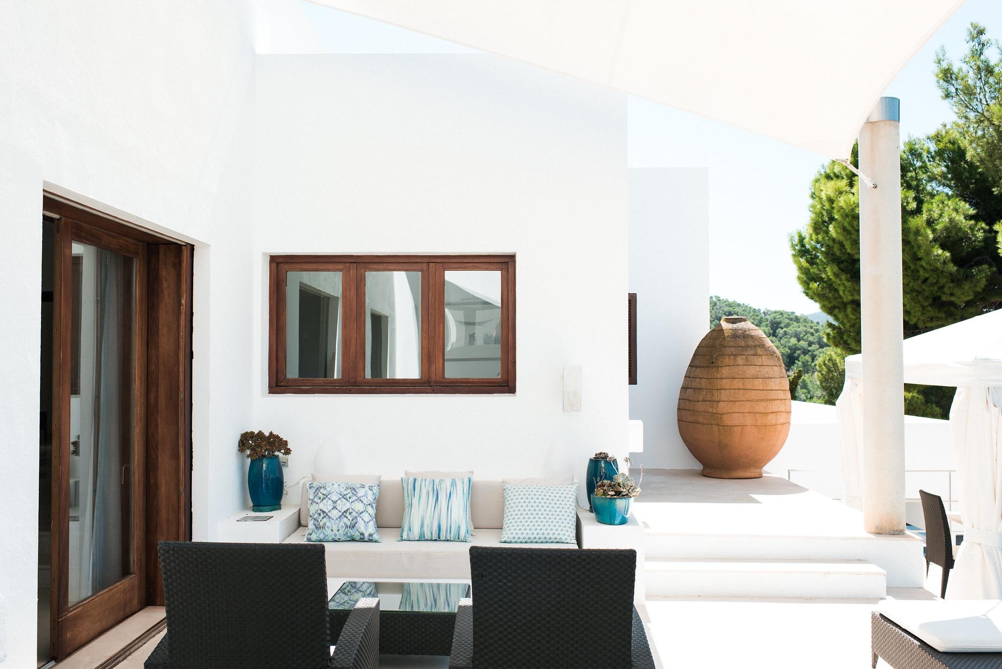 https://www.white-ibiza.com/wp-content/uploads/2020/05/white-ibiza-villas-can-ava-exterior.jpg
