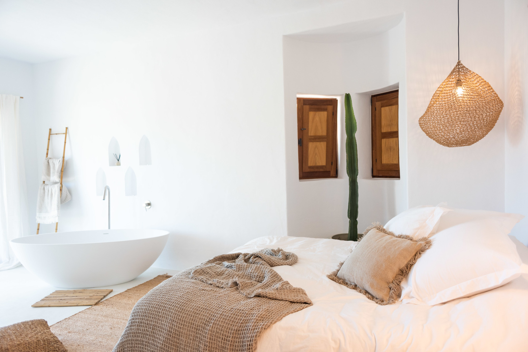 https://www.white-ibiza.com/wp-content/uploads/2020/05/white-ibiza-villas-can-cactus-master2.jpg