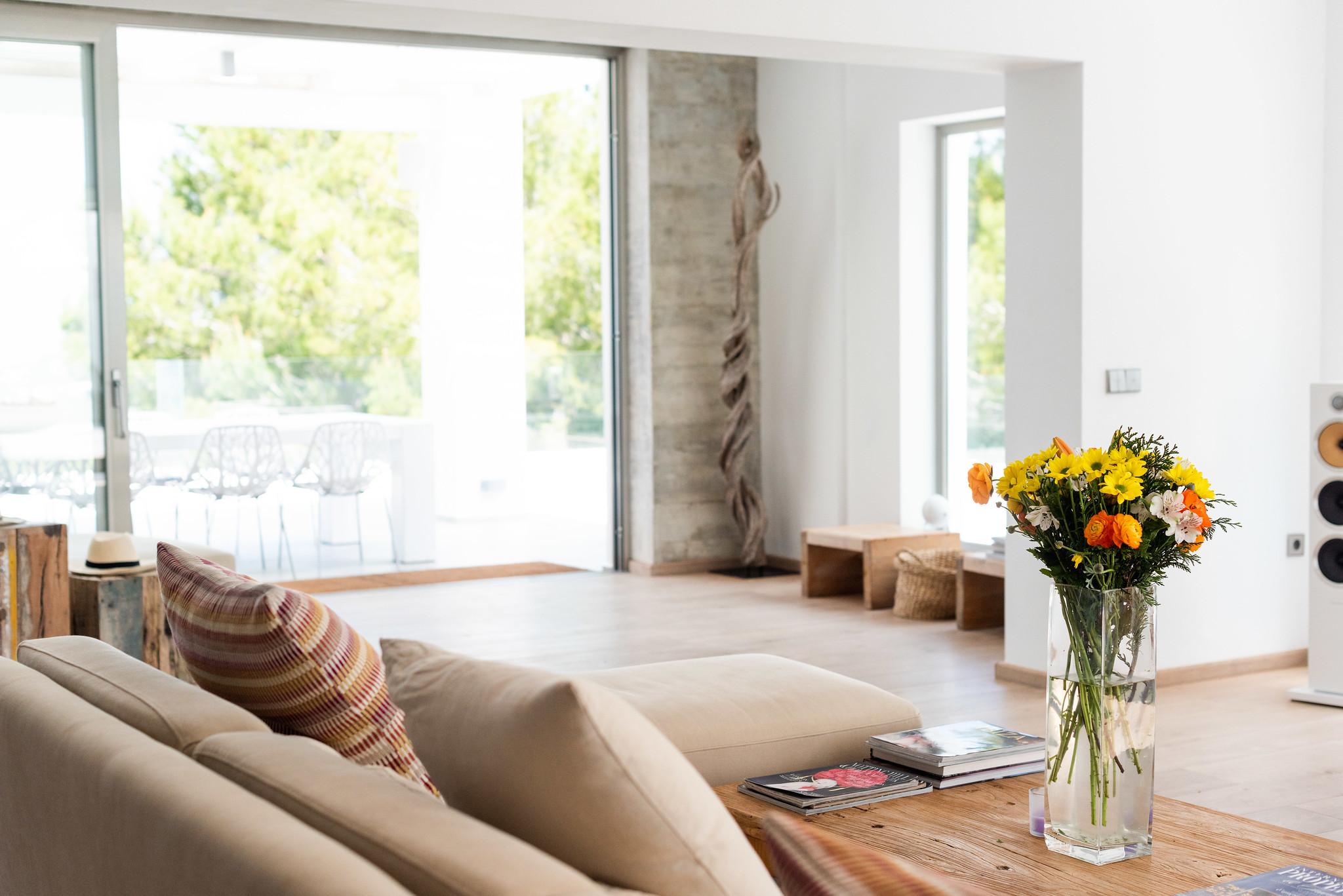 https://www.white-ibiza.com/wp-content/uploads/2020/05/white-ibiza-villas-can-dela-living-room.jpg