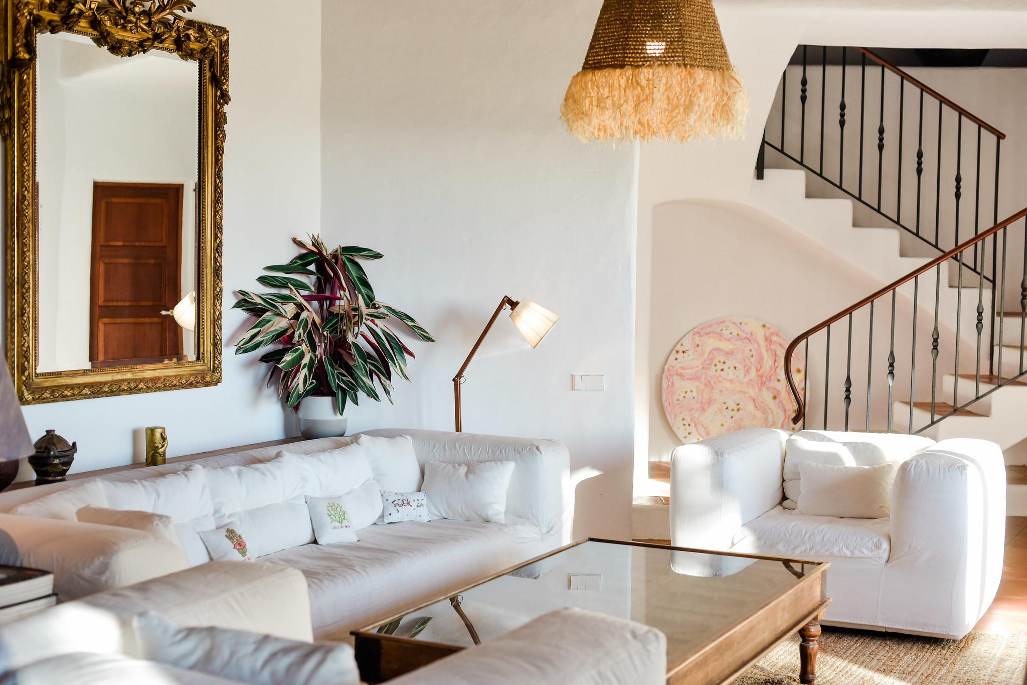 https://www.white-ibiza.com/wp-content/uploads/2020/05/white-ibiza-villas-can-lavanda-living-room.jpg