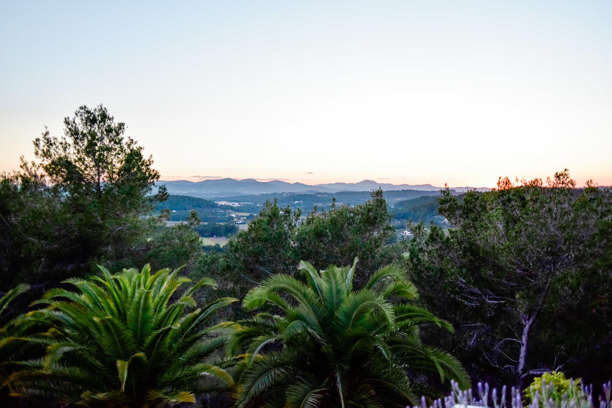 https://www.white-ibiza.com/wp-content/uploads/2020/05/white-ibiza-villas-can-lavanda-views.jpg
