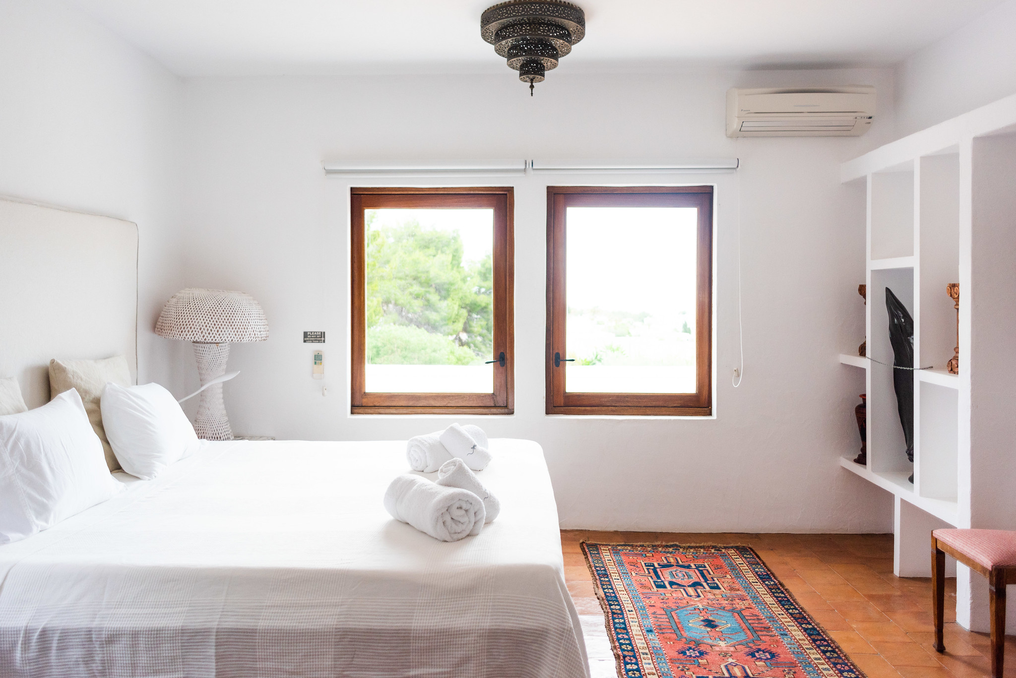 https://www.white-ibiza.com/wp-content/uploads/2020/05/white-ibiza-villas-can-lyra-double.jpg
