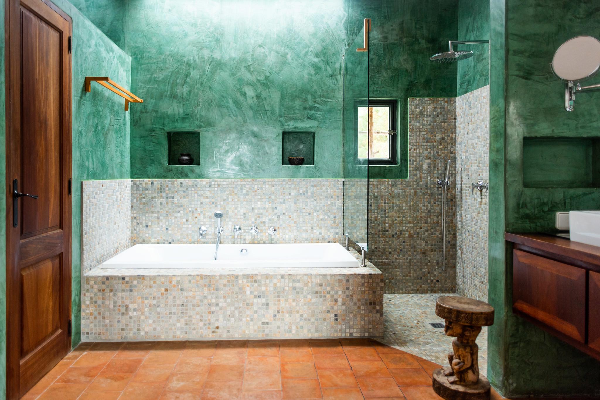 https://www.white-ibiza.com/wp-content/uploads/2020/05/white-ibiza-villas-can-lyra-interior-bathroom.jpg