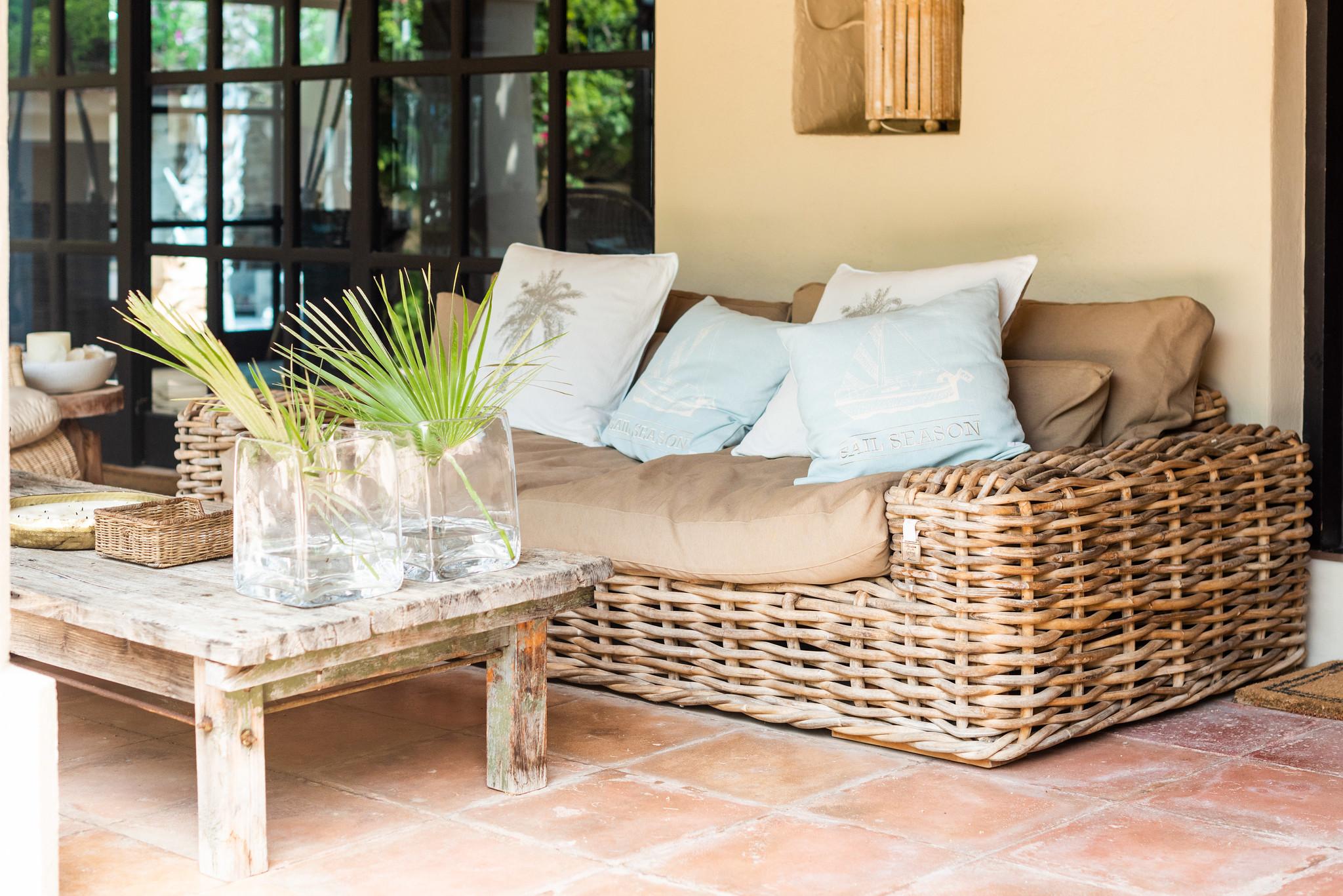https://www.white-ibiza.com/wp-content/uploads/2020/05/white-ibiza-villas-can-riviere-exterior-sofa.jpg