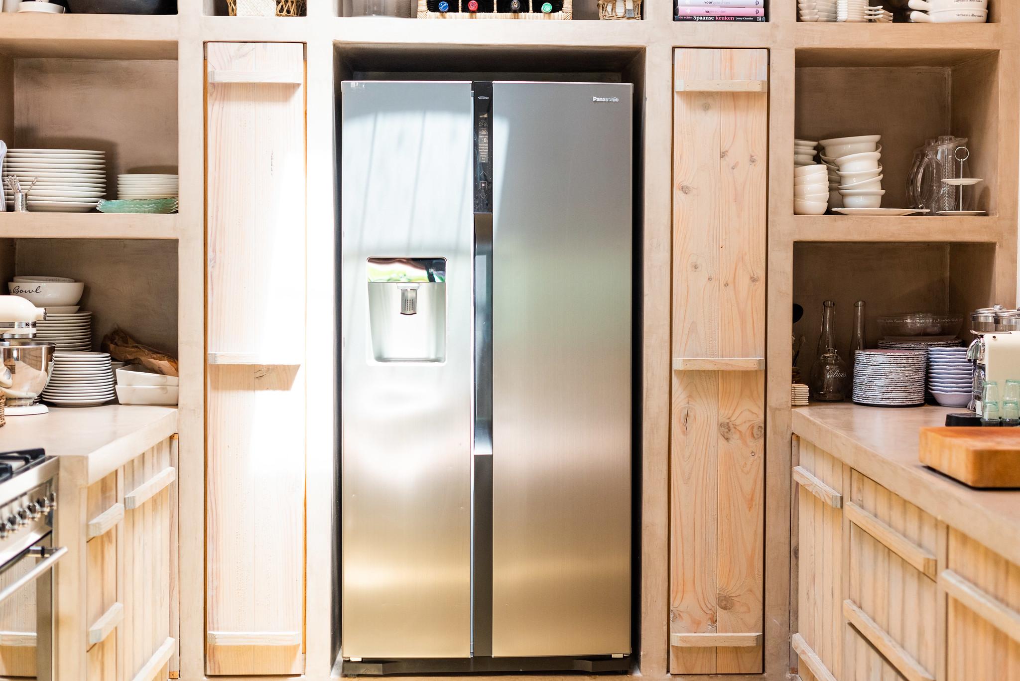 https://www.white-ibiza.com/wp-content/uploads/2020/05/white-ibiza-villas-can-riviere-interior-kitchen.jpg