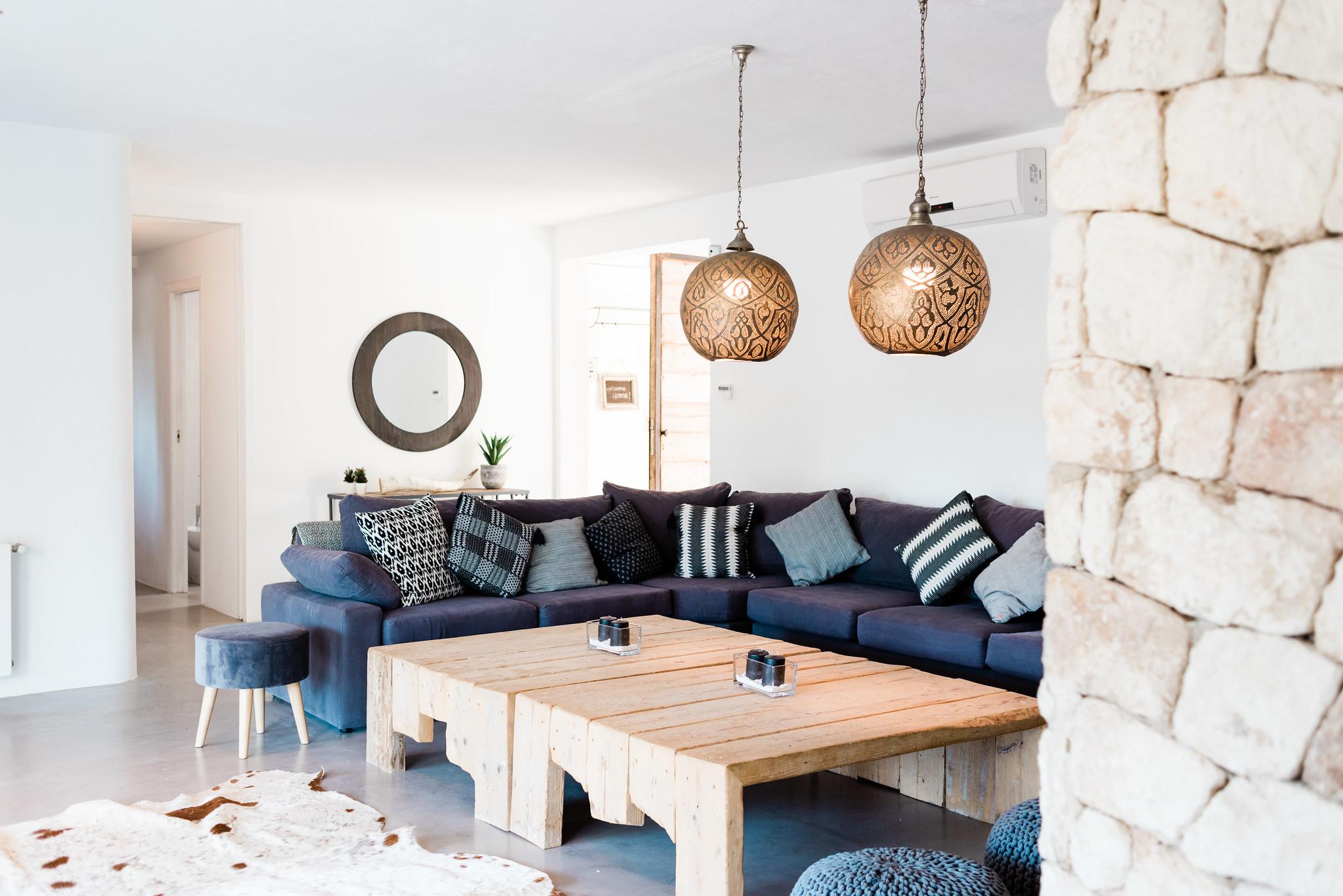 https://www.white-ibiza.com/wp-content/uploads/2020/05/white-ibiza-villas-can-verde-interior-living-room.jpg