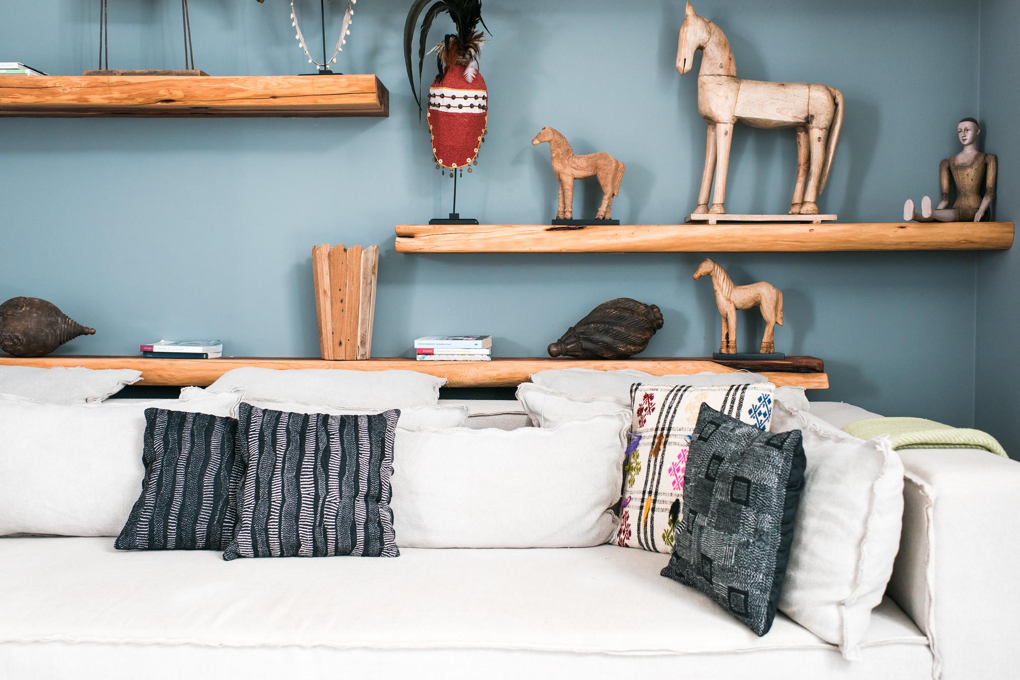 https://www.white-ibiza.com/wp-content/uploads/2020/05/white-ibiza-villas-can-zama-cinema-room-sofa.jpg