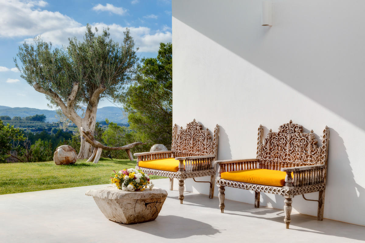 https://www.white-ibiza.com/wp-content/uploads/2020/05/white-ibiza-villas-can-zama-terrace.jpg