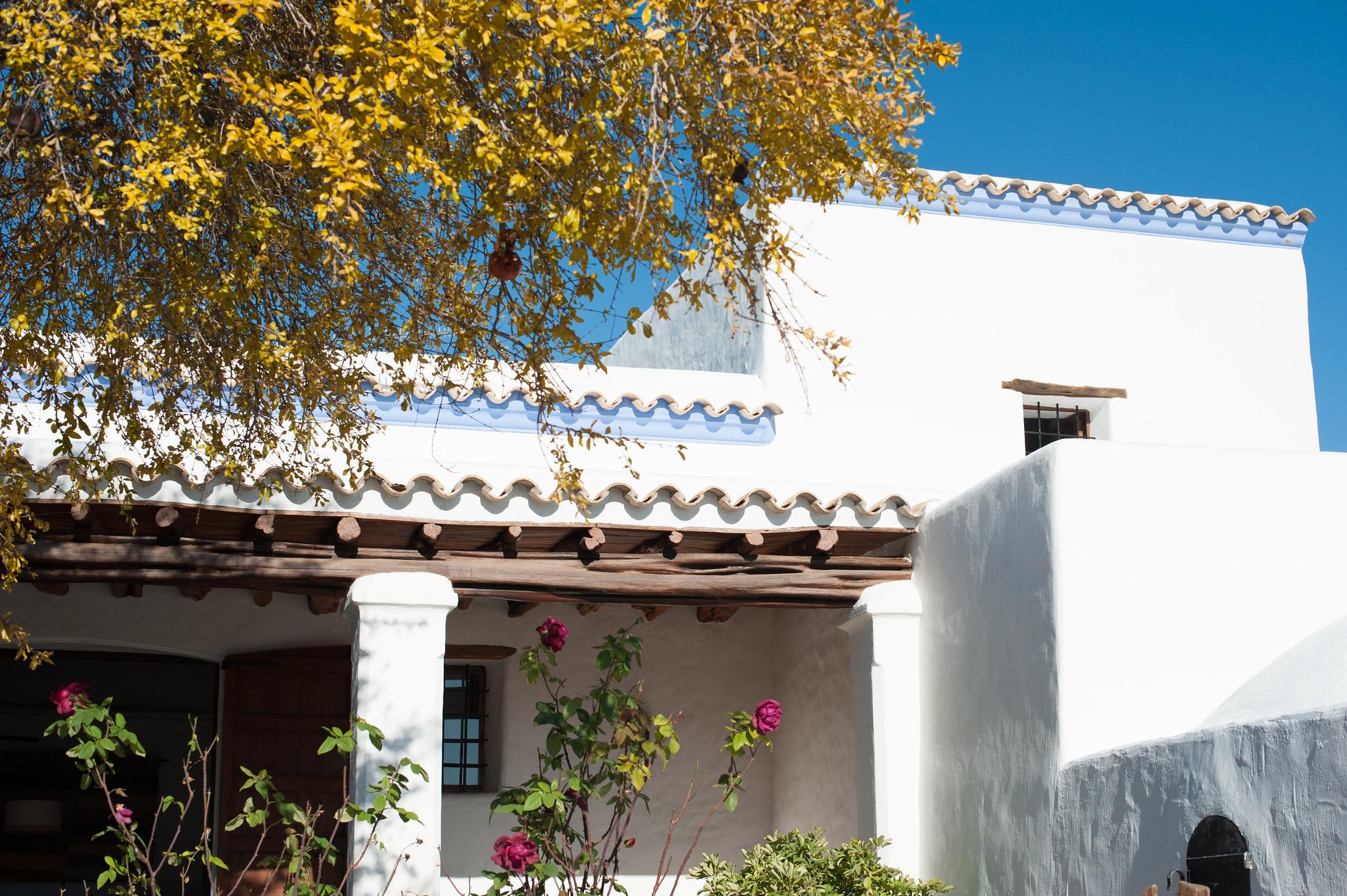 https://www.white-ibiza.com/wp-content/uploads/2020/05/white-ibiza-villas-canblay-finca-exterior.jpg