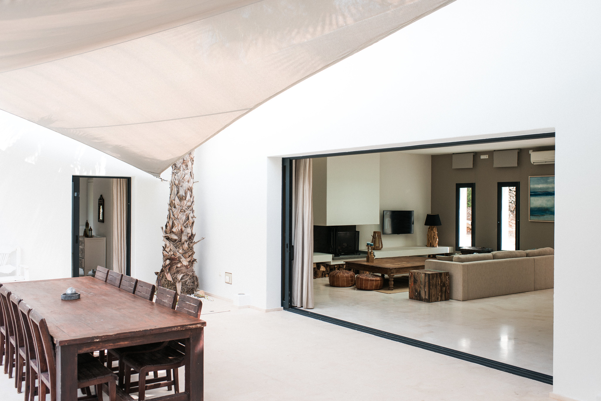 https://www.white-ibiza.com/wp-content/uploads/2020/05/white-ibiza-villas-casa-estrella-exterior-view-in.jpg
