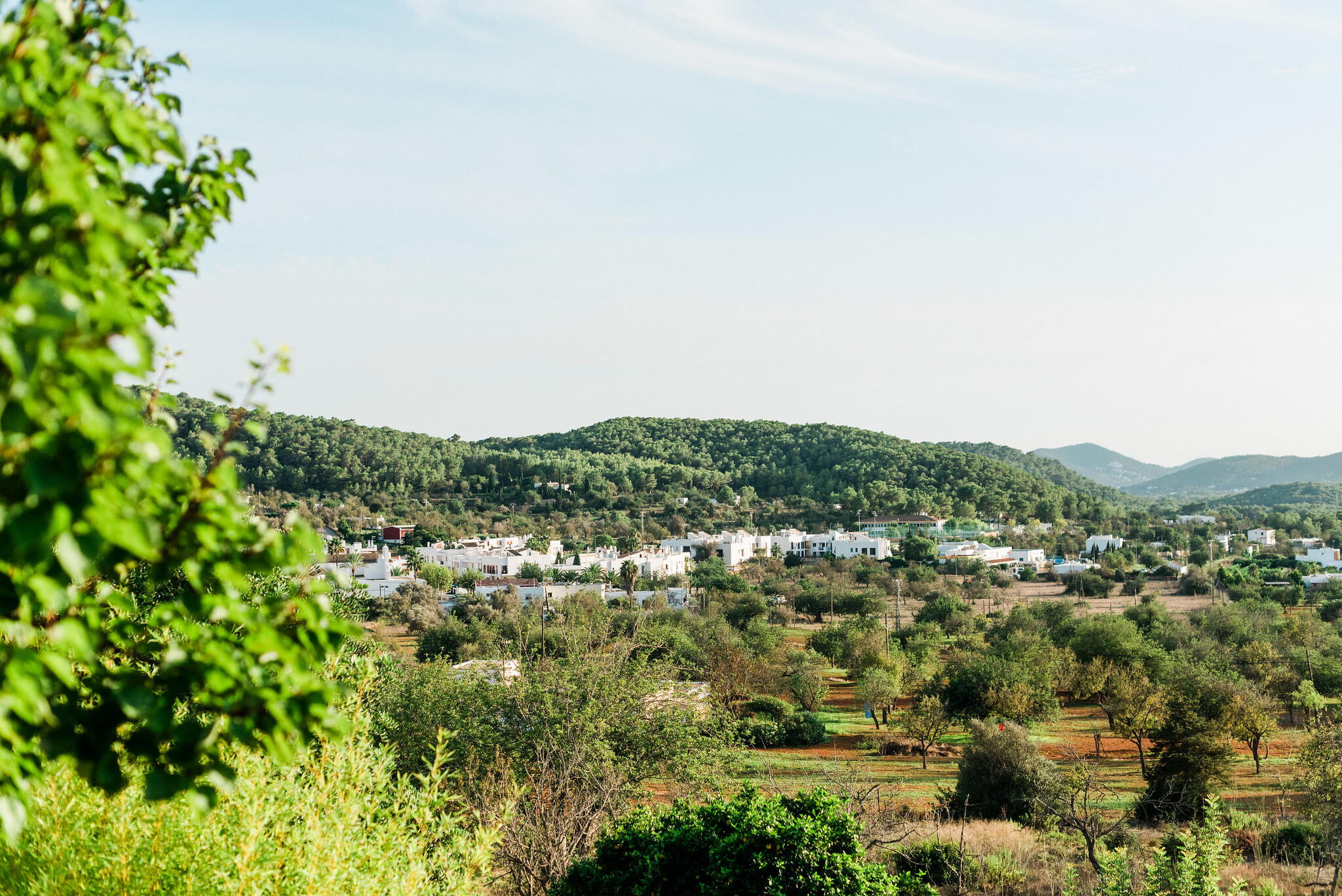 https://www.white-ibiza.com/wp-content/uploads/2020/05/white-ibiza-villas-where-to-buy-san-carlos-04.jpg