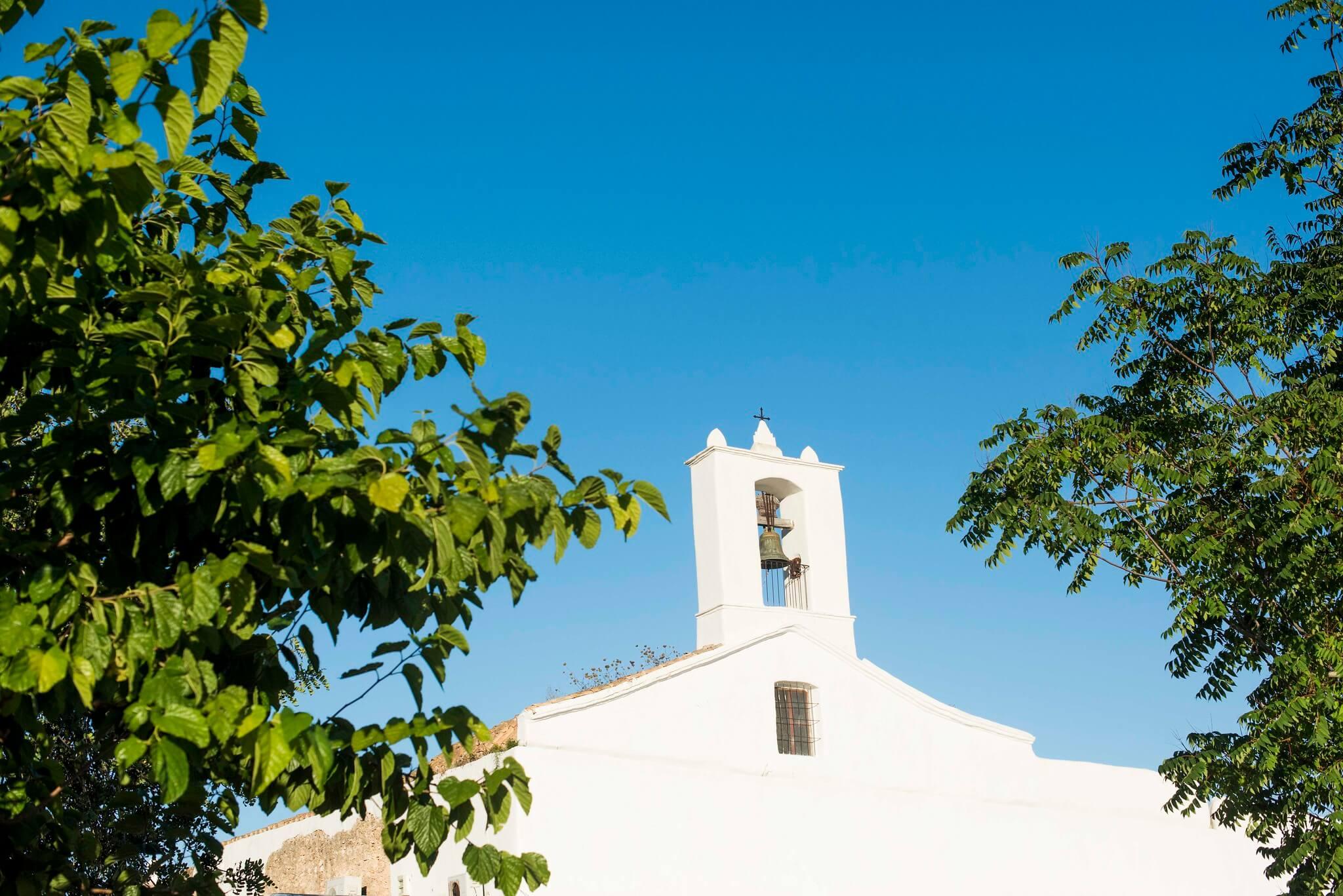 https://www.white-ibiza.com/wp-content/uploads/2020/05/white-ibiza-villas-where-to-stay-san-lorenzo-01.jpg