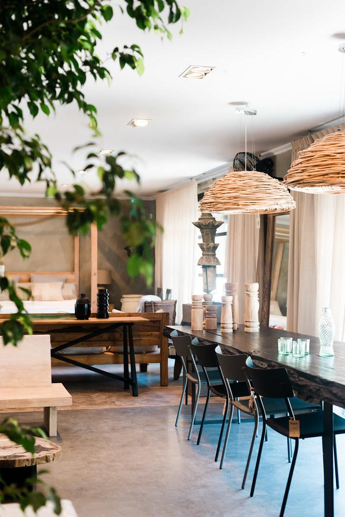 https://www.white-ibiza.com/wp-content/uploads/2020/06/white-ibiza-interiors-decor-ksar-living-2020-03.jpg