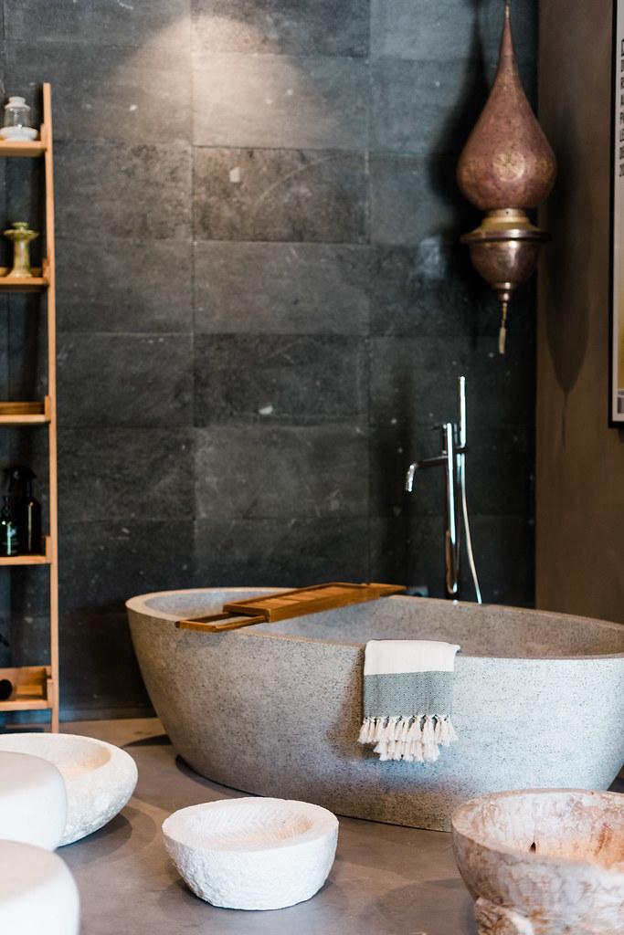 https://www.white-ibiza.com/wp-content/uploads/2020/06/white-ibiza-interiors-decor-ksar-living-2020-05.jpg