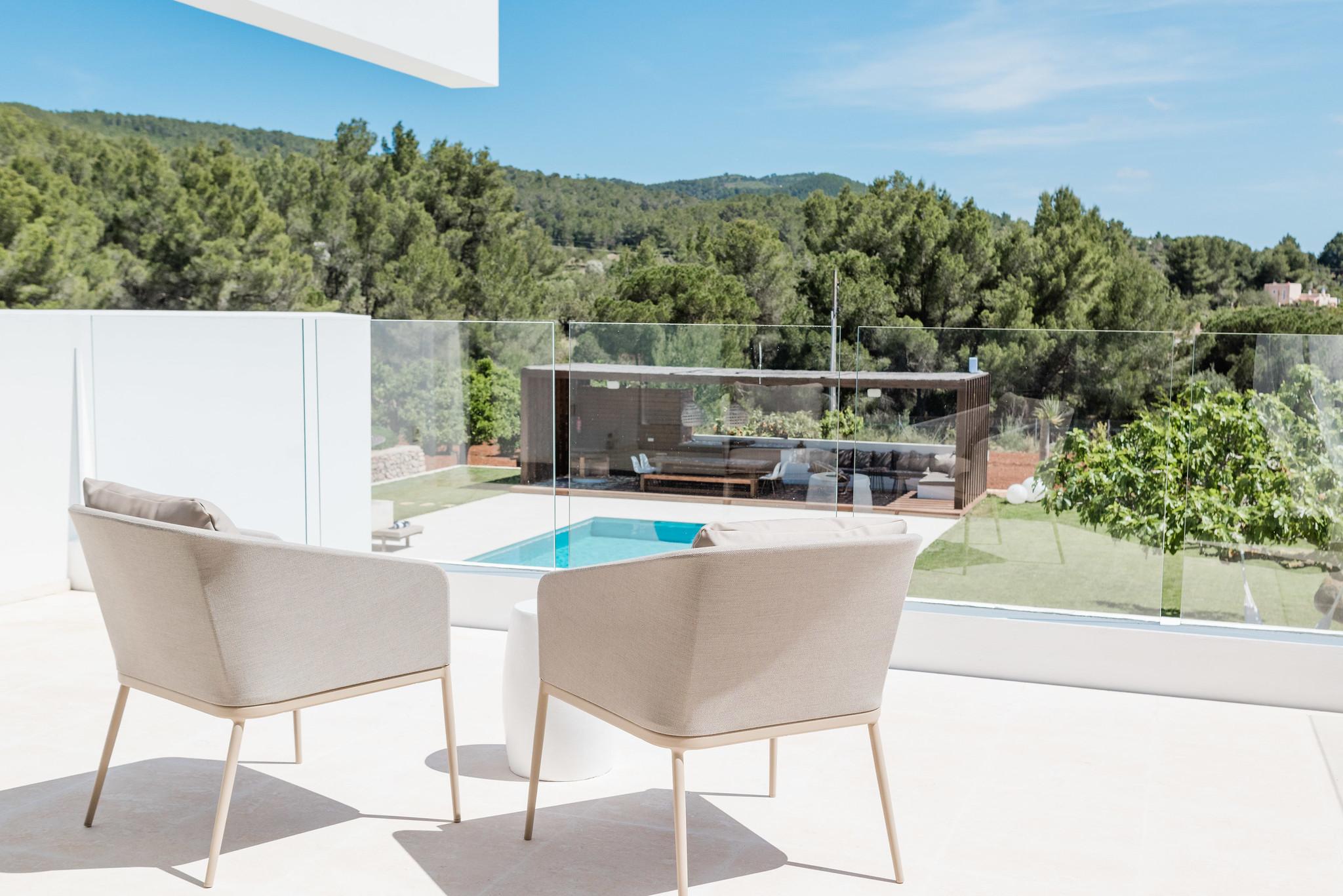 https://www.white-ibiza.com/wp-content/uploads/2020/06/white-ibiza-villas-can-carmen-exterior-terrace.jpg