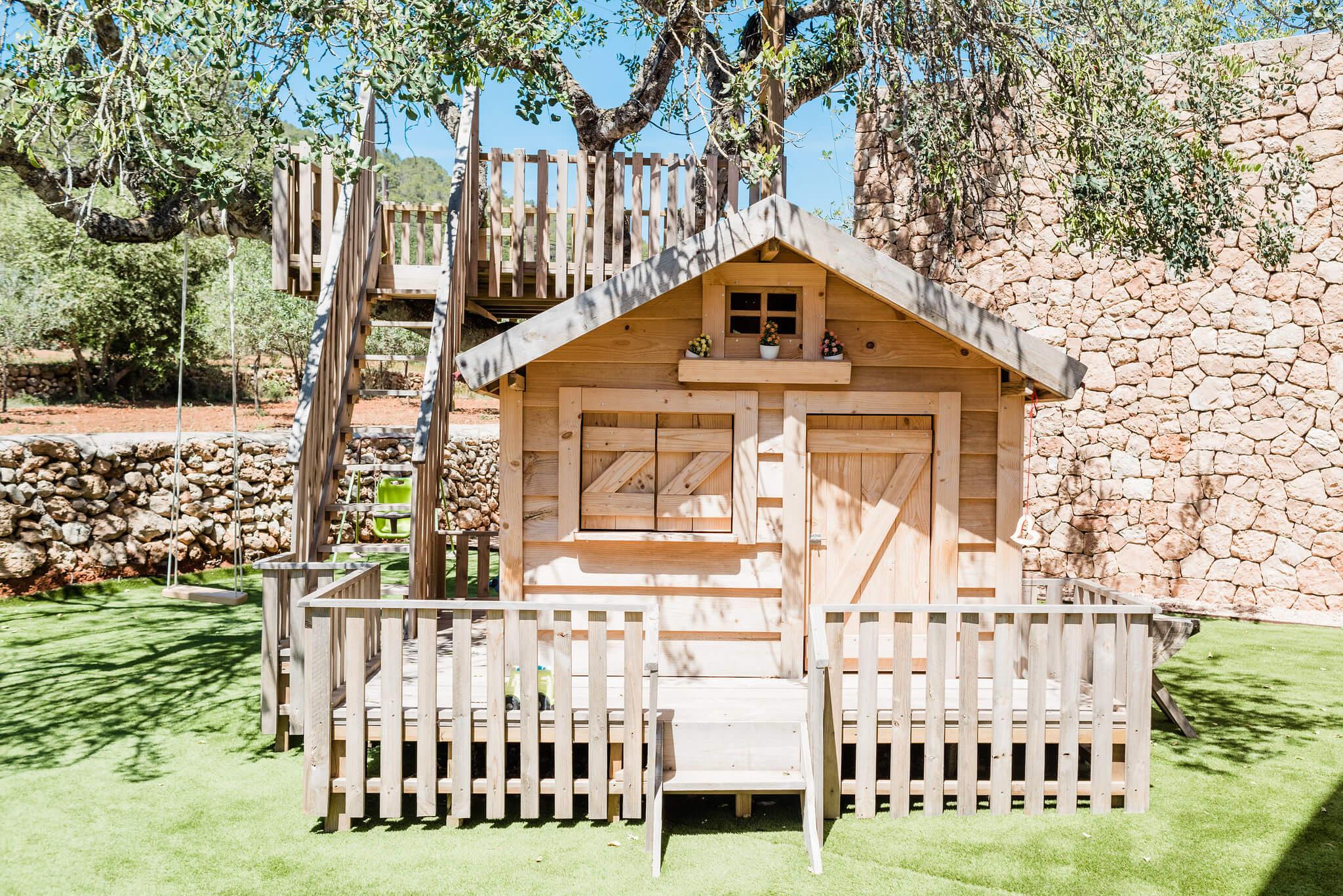 https://www.white-ibiza.com/wp-content/uploads/2020/06/white-ibiza-villas-can-carmen-exterior-wendy-house.jpg