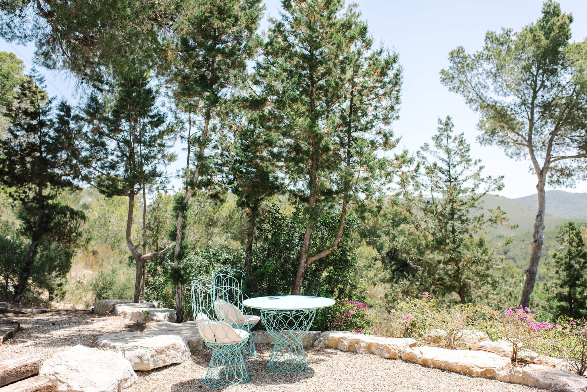 https://www.white-ibiza.com/wp-content/uploads/2020/06/white-ibiza-villas-can-jondal-exterior-terrace.jpg