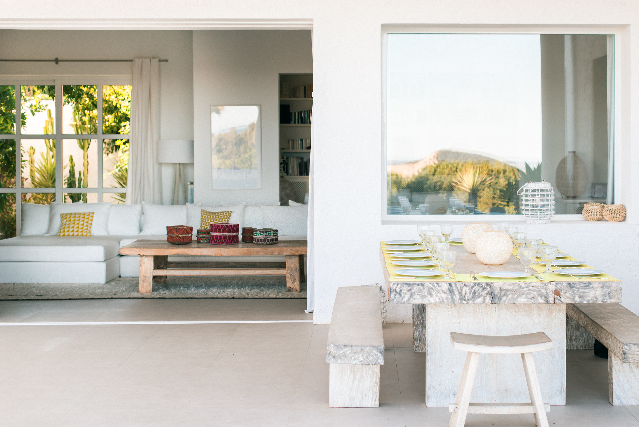 https://www.white-ibiza.com/wp-content/uploads/2020/06/white-ibiza-villas-casa-odette-exterior-terrace-dining.jpg