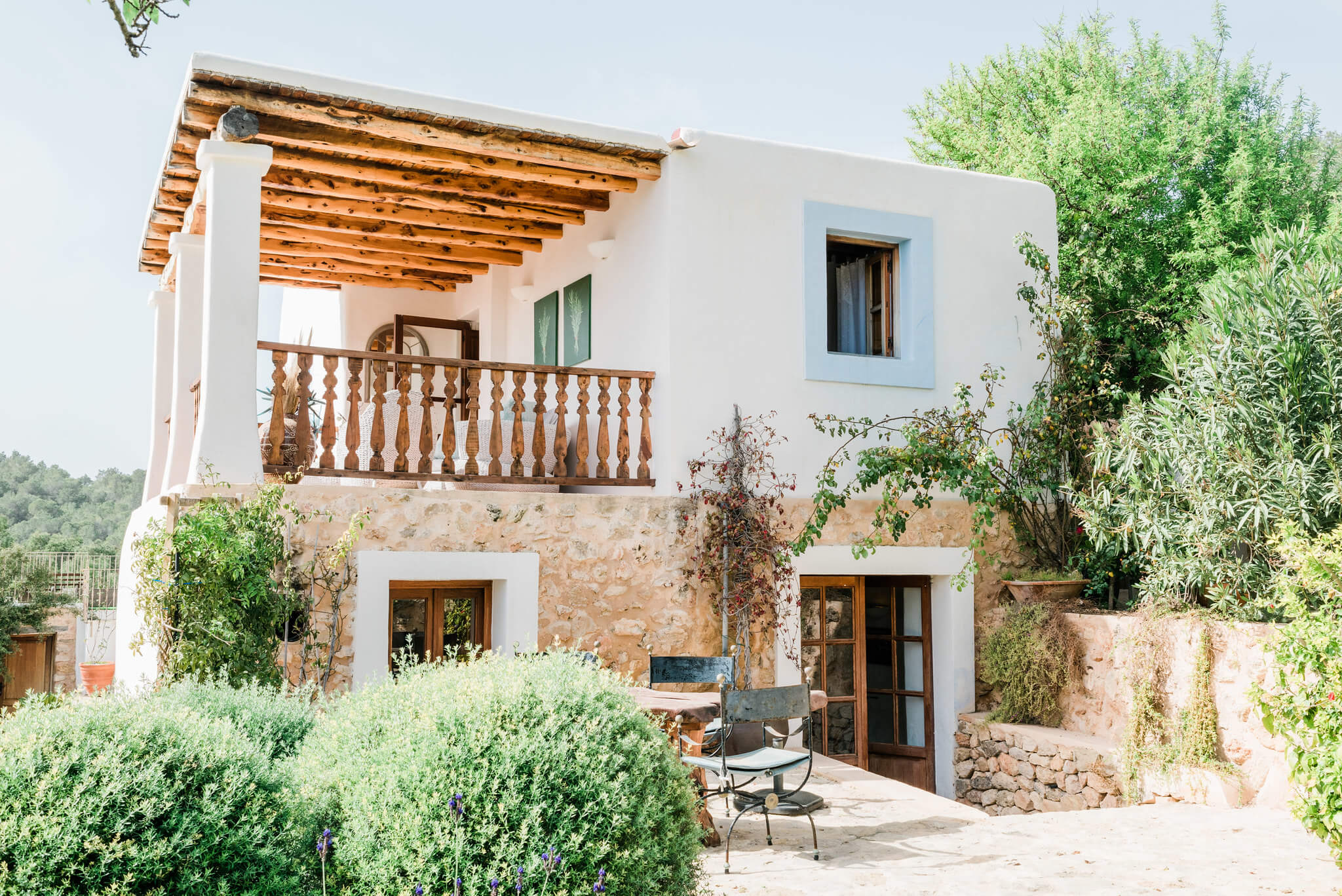 https://www.white-ibiza.com/wp-content/uploads/2020/06/white-ibiza-villas-los-corrales-exterior-outside.jpg