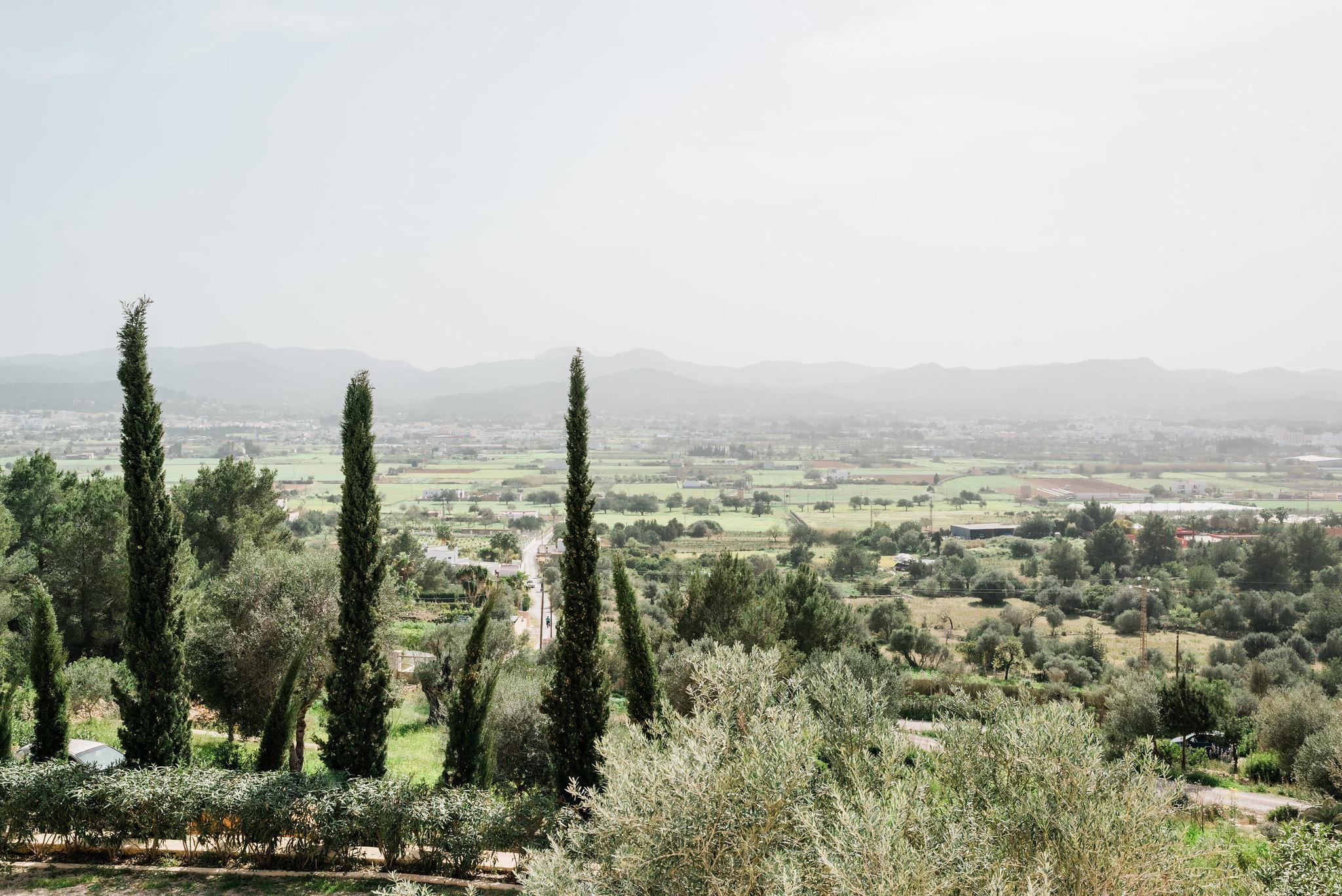 https://www.white-ibiza.com/wp-content/uploads/2020/06/white-ibiza-villas-los-corrales-exterior-view.jpg