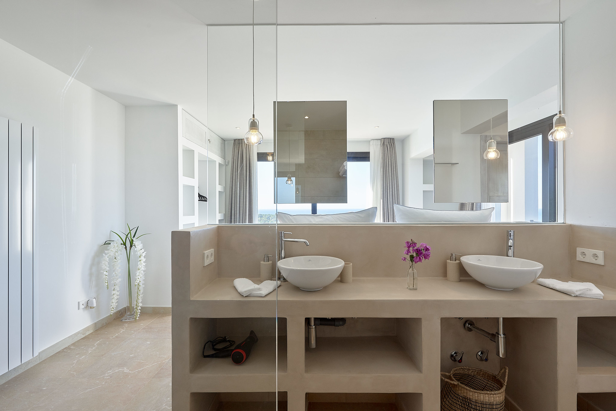 https://www.white-ibiza.com/wp-content/uploads/2020/06/white-ibiza-villas-sa-serra-interior-bathroom.jpg