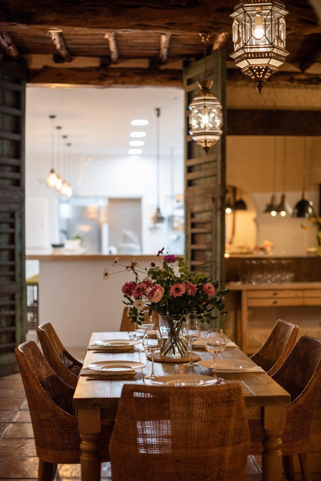 https://www.white-ibiza.com/wp-content/uploads/2020/11/cas-gasi-restaurant-2020-05-1025x1536.jpg