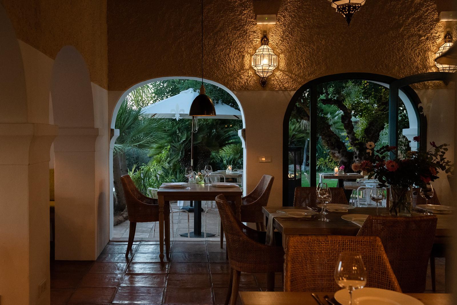 https://www.white-ibiza.com/wp-content/uploads/2020/11/cas-gasi-restaurant-2020-07.jpg