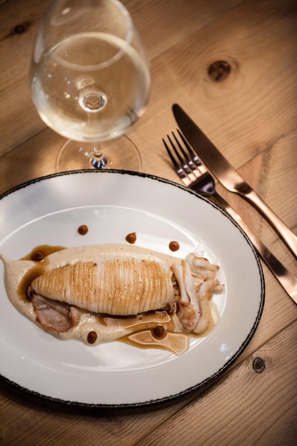 https://www.white-ibiza.com/wp-content/uploads/2020/11/cas-gasi-restaurant-2020-08-1025x1536.jpg