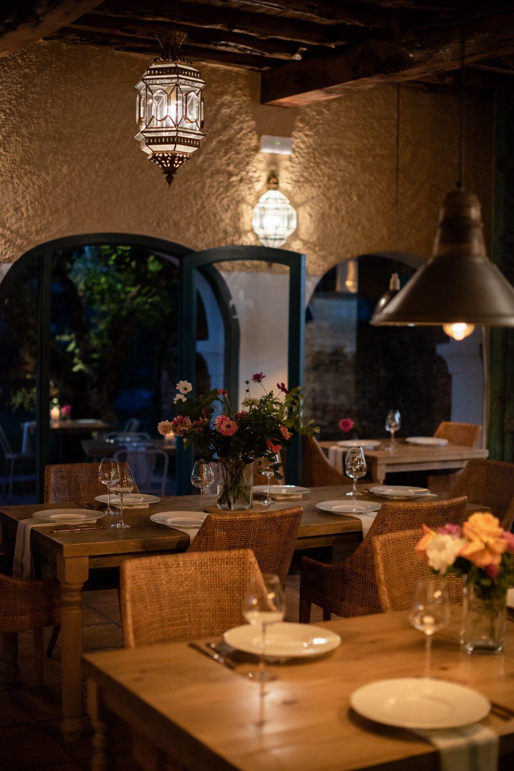 https://www.white-ibiza.com/wp-content/uploads/2020/11/cas-gasi-restaurant-2020-14-1025x1536.jpg