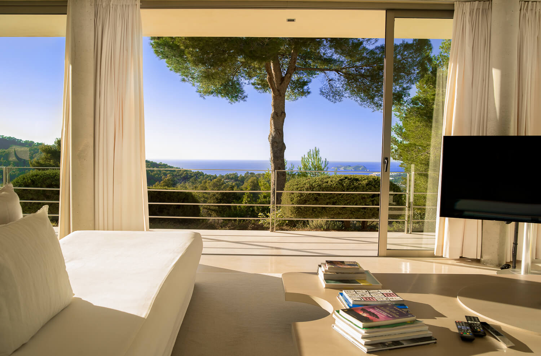 https://www.white-ibiza.com/wp-content/uploads/2021/01/2-Ibiza-3154-3403.jpg