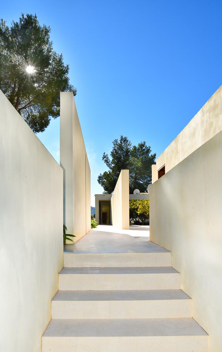 https://www.white-ibiza.com/wp-content/uploads/2021/01/Ibiza-3154-4341.jpg
