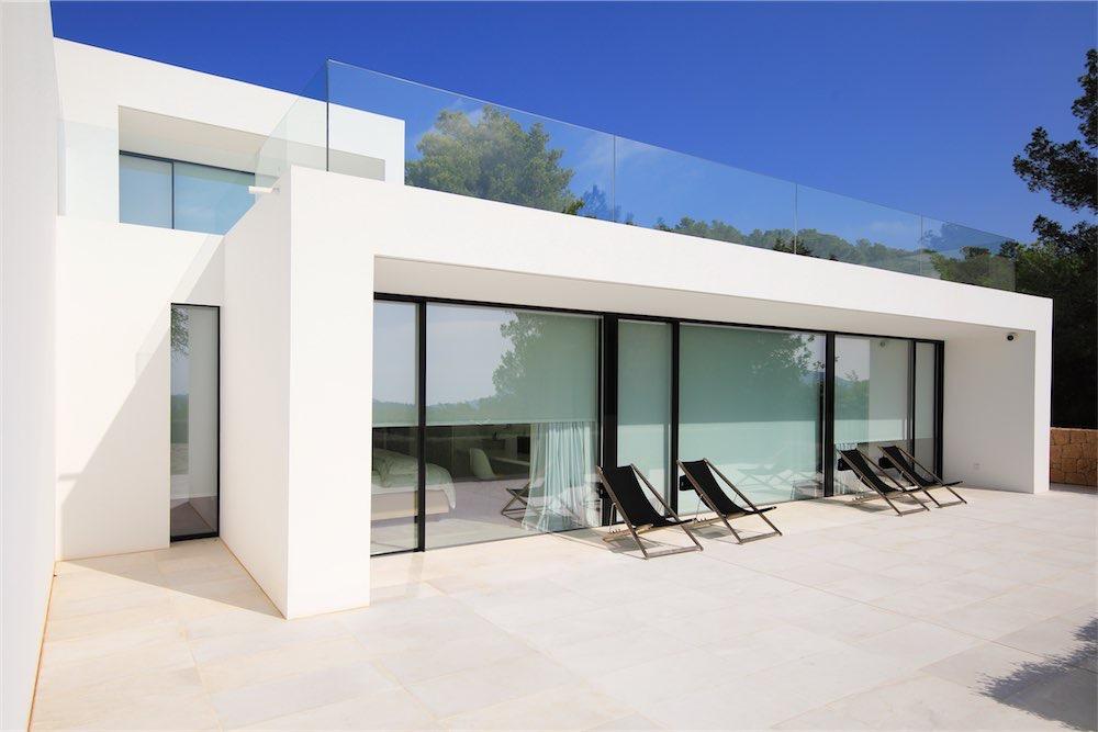 https://www.white-ibiza.com/wp-content/uploads/2021/03/GHLibiza_Gouldheinzlang_property_ibiza__Villa-Ibiza-0004-resized.jpg