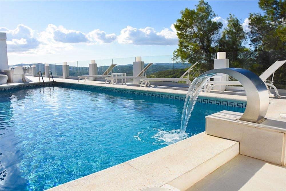 https://www.white-ibiza.com/wp-content/uploads/2021/03/GHLibiza_Gouldheinzlang_property_ibiza__Villa-Ibiza-3004-3-resized.jpg