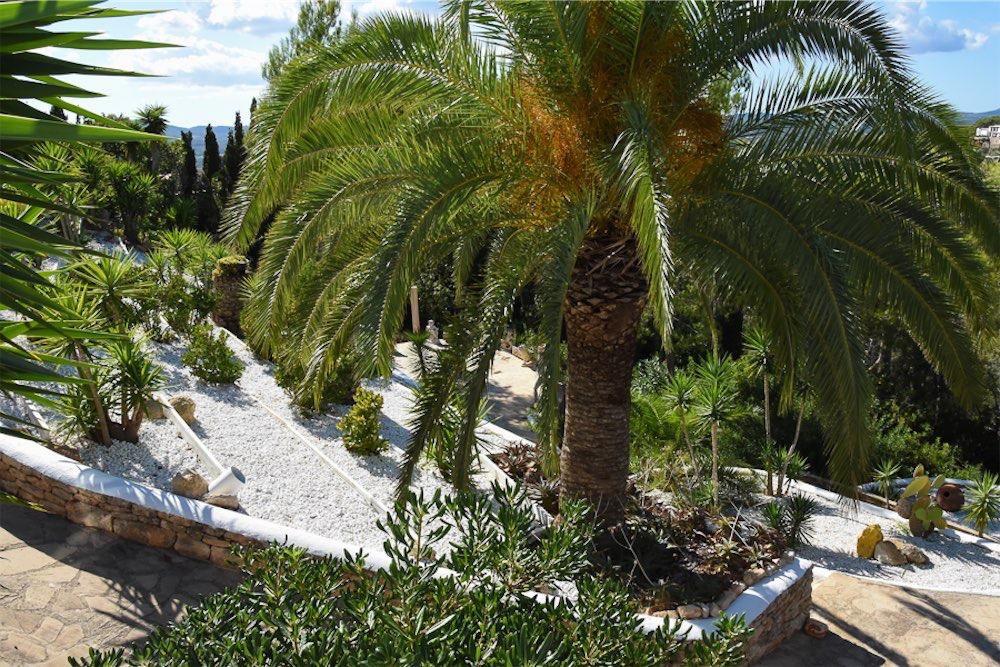 https://www.white-ibiza.com/wp-content/uploads/2021/03/GHLibiza_Gouldheinzlang_property_ibiza__Villa-Ibiza-3004-9-resized.jpg