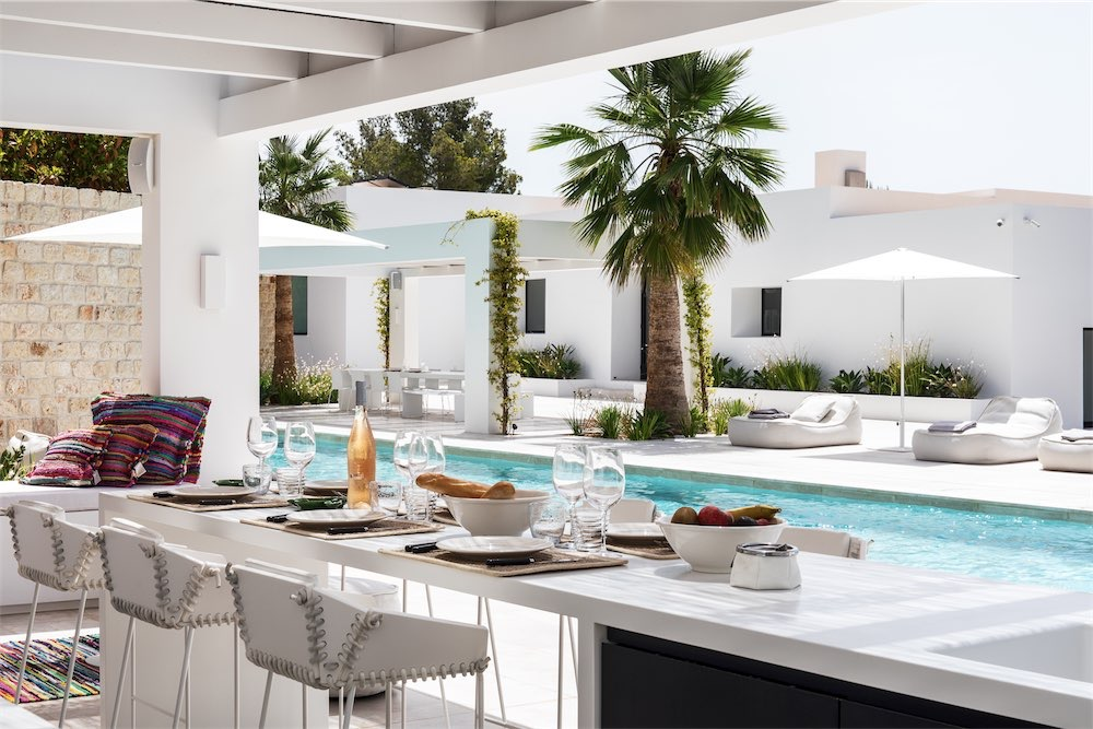 https://www.white-ibiza.com/wp-content/uploads/2021/03/GHLibiza_Gouldheinzlang_property_ibiza__Villa-Ibiza-5A9601-resized.jpg