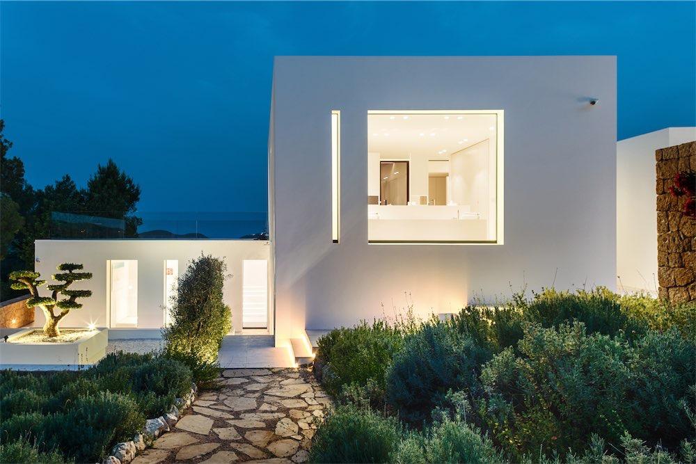 https://www.white-ibiza.com/wp-content/uploads/2021/03/GHLibiza_Gouldheinzlang_property_ibiza__Villa-Ibiza-5A9830-resized.jpg